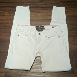 Lucky Brand Charlie Skinny white jeans size 0